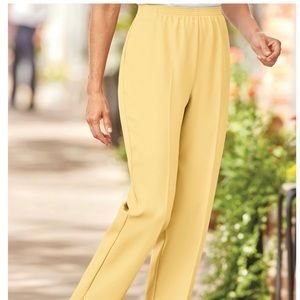 Alfred Dunner yellow pants